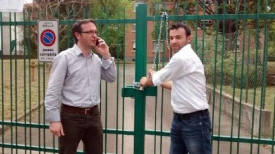 Mosca (sinistra) e Moscarola durante una manifestazione (© Diario di Biella)