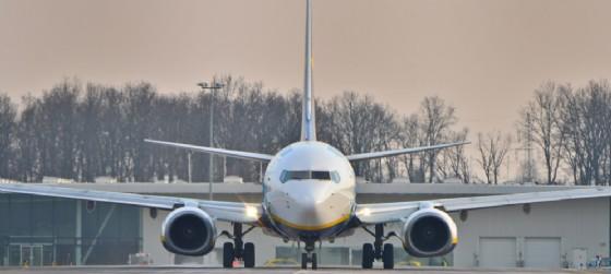 Cancellati 8 voli Alitalia e Lufthansa anche all'aeroporto del Fvg (© AdobeStock | Przemysaw Szabowsk)