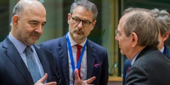Il ministro dell'Economia, Pier Carlo Padoan, all'Eurogruppo di Bruxelles. (© STEPHANIE LECOCQ | EPA)