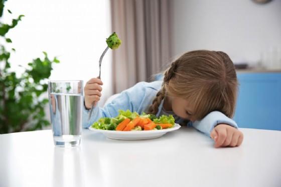 Imporre la dieta vegana ai minori potrebbe divenire reato