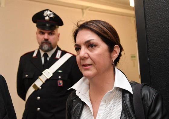 Marika Cassimatis ha tutto il diritto di correre per la poltrona di sindaco di Genova con i colori del Movimento 5 stelle. Lo ha sentenziato il tribunale civile di Genova, che ha accolto il ricorso d'urgenza della vincitrice delle comunarie del M5s (© ANSA / LUCA ZENNARO)
