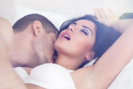 Orgasmo, una donna può averne anche 20 di seguito (© Lucky Business | shutterstock.com)