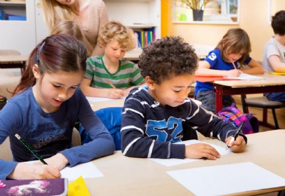 Il prossimo anno scuole chiuse il Giovedì Santo (© Adobe Stock)