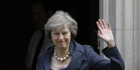 Theresa May in cerca di conferme: elezioni anticipate l'8 giugno (© ANSA)