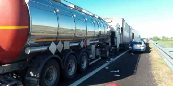 Tamponamento fra 4 mezzi pesanti: 20 chilometri di coda (© Autovie Venete)