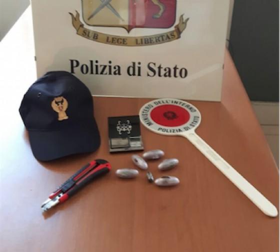 La droga sequestrata (© Polizia di Stato Biella)