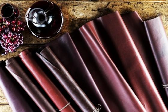 Wineleather, la similpelle 'eco' prodotta dalla vinaccia