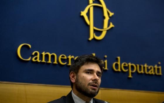 Il deputato del Movimento 5 stelle, Alessandro Di Battista (© ANSA/MAURIZIO BRAMBATTI)