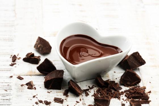 Il cioccolato fa bene al cuore. Ne bastano 60 grammi al giorno (© Beats1 | Shutterstock)