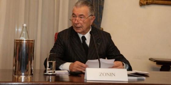 L'ex presidente della Banca Popolare di Vicenza, Gianni Zonin, il 5 dicembre 2014.