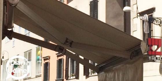 Canone per l'occupazione di aree pubbliche: stop al pagamento per tende e terrazze (© Diario di Udine)