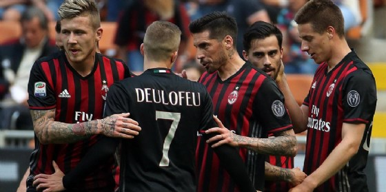 La gioia dei calciatori del Milan dopo un gol (© Ansa)