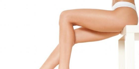 Gli italiani amano le gambe femminili (© SvetlanaFedoseyeva   shutterstock.com)