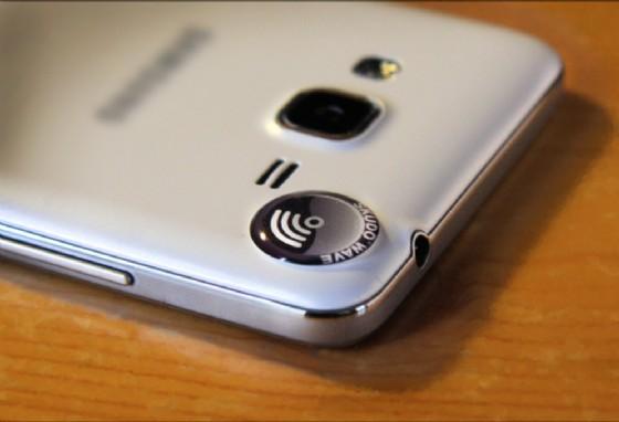 SkudoWave, il bottone che riduce gli effettivi nocivi dello smartphone (© SkudoWave)
