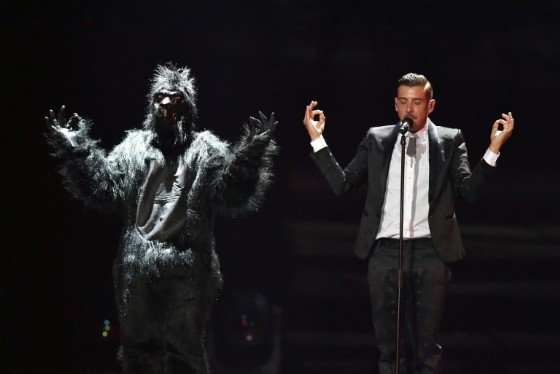 Bookies are tipping Italian crooner Francesco Gabbani -- and his gorilla -- to take the crown