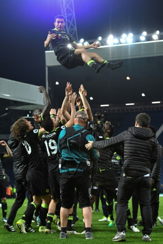 Chelsea players celebrate being confirmed English Premier League champions after their match against West Bromwich Albion, at The Hawthorns stadium in West Bromwich, on May 12, 2017