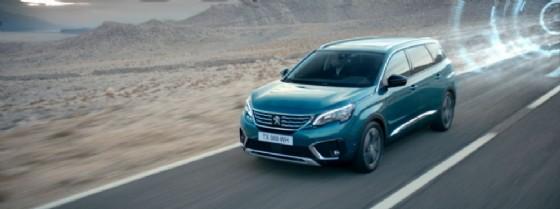 La nuova Peugeot 5008 (© Peugeot)