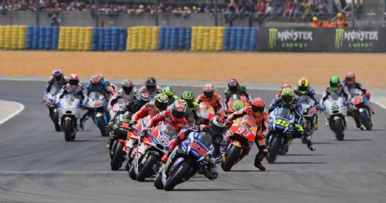 La partenza del Gran Premio di Francia 2016