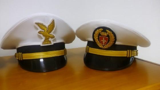 Torna la storica Alabarda triestina sui berretti della Polizia Locale (© Comune di Trieste)