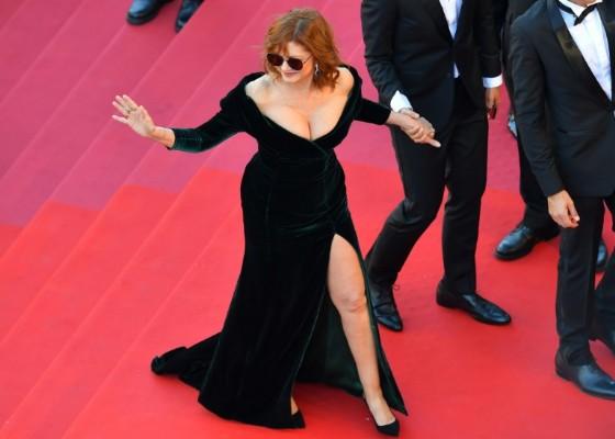 Susan Sarandon wore a dress by Italian designer Alberta Ferretti for Cannes' opening gala