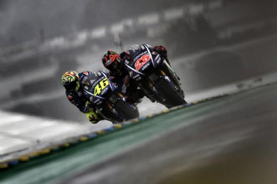 Maverick Vinales e Valentino Rossi oggi in pista a Le Mans