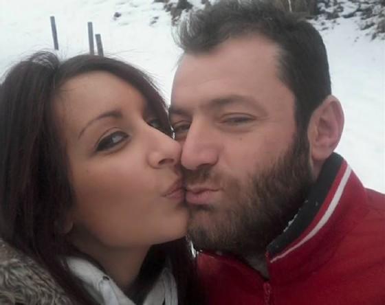 La pagina di Facebook dell'uomo è piena di foto di grande tenerezze tra i due... (© Cirillo)