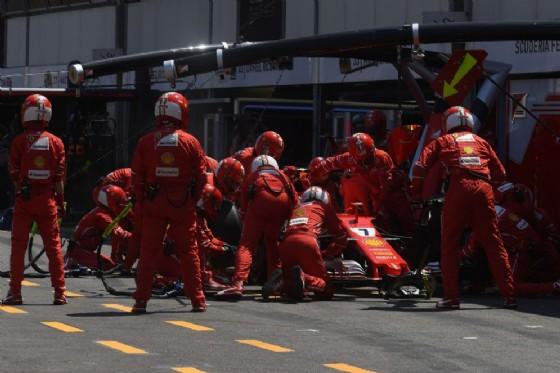 Gp Montecarlo, prima fila rosso Ferrari
