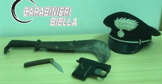 Il materiale sequestrato dai carabinieri (© Carabinieri Biella)