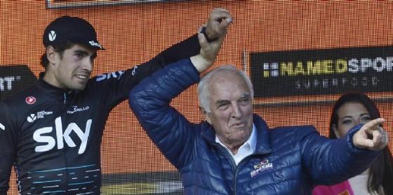 Enzo Cainero presente alla 19ma tappa del Giro d'Italia che si è conclusa in vetta a Piancavallo (© Foto ARC Montenero)