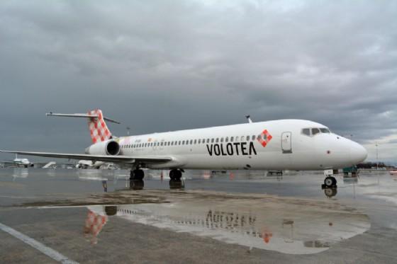 Odissea per i viaggiatori di Volotea (© ANSA)