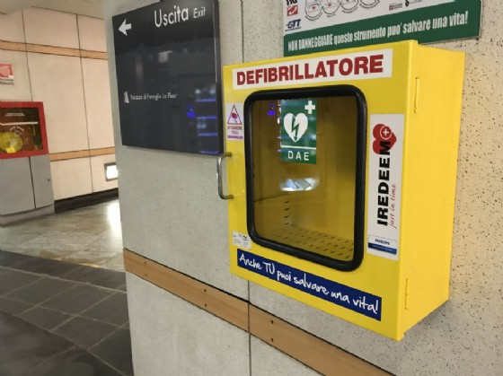 Rubato il defibrillatore in stazione a Principe d'Acaja (© Diario di Torino)