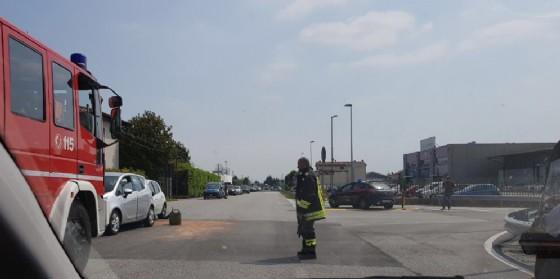 Scontro tra due auto sulla Statale 13 a Gemona (© G.G.)