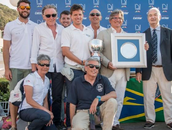 L' equipaggio sul podio (© Lega Navale Italiana - Sezione Biella)