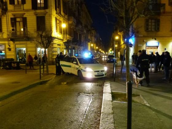 Controlli nella zona della movida da parte della polizia municipale (© Polizia Municipale)