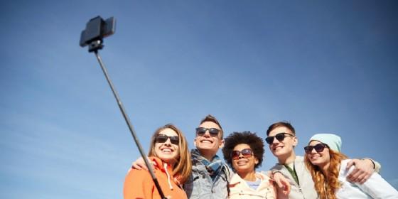 I giovani sempre più on line, ma non sono consapevoli dei rischi
