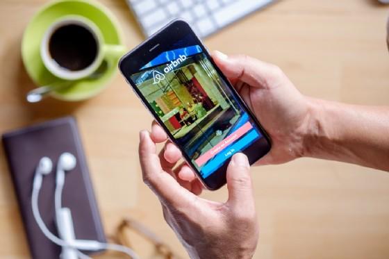 Genova prima città italiana in cui Airbnb riscuoterà tassa soggiorno