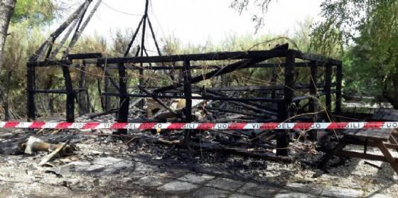 Distrutto da un incendio il casone di capitan Geremia