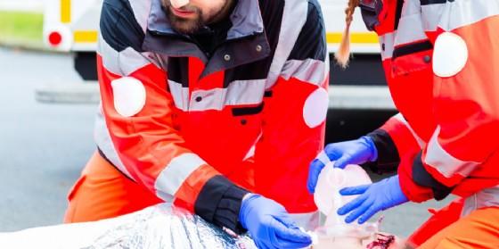 Sarebbe in pericolo di vita l'uomo trovato a Varmo in un lago di sangue (© AdobeStock | Kzenon)