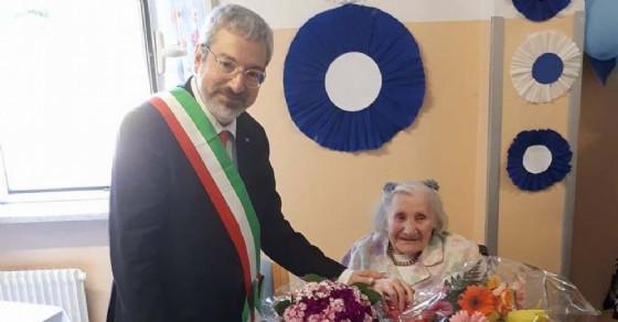 100 anni di nonna Assunta: grande festa in Sereni Orizzonti (© Sereni Orizzonti)
