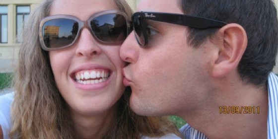 Una tenera immagine dei due fidanzati, di qualche anno fa (© Fricano)