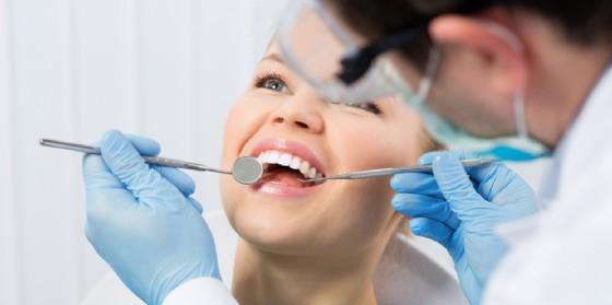 Odontosalute cerca 40 nuovi medici odontoiatri (© AdobeStock | Stasique)