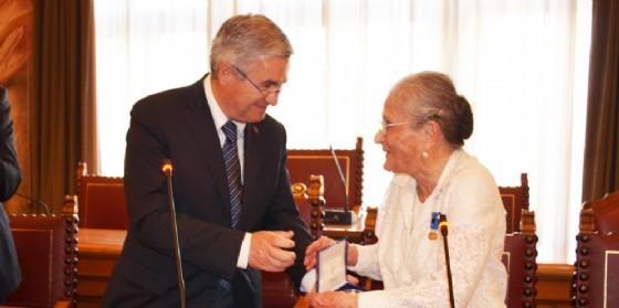 Medaglia della Provincia di Udine alla staffetta partigiana Paola Del Din