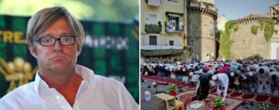 Il giornalista Filippo Facci e accanto fedeli dell'Islam riuniti in preghiera per la celebrazione della Festa del Sacrificio in una piazza di Napoli