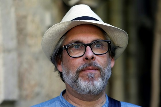 American novelist Michael Chabon, winner of the 2001 Pulitzer Prize, said the aim of the book was to start a conversation about the impact of the occupation on both Israelis and Palestinians