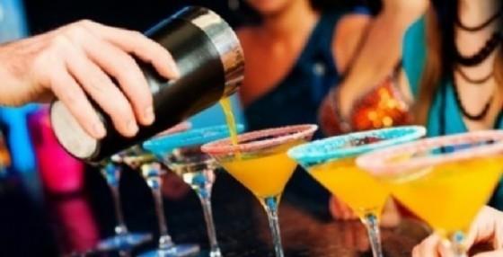 Al via oggi l'iniziativa che vedrà tutti i locali della provincia alla ricerca del cocktail migliore (© Diario di Biella)