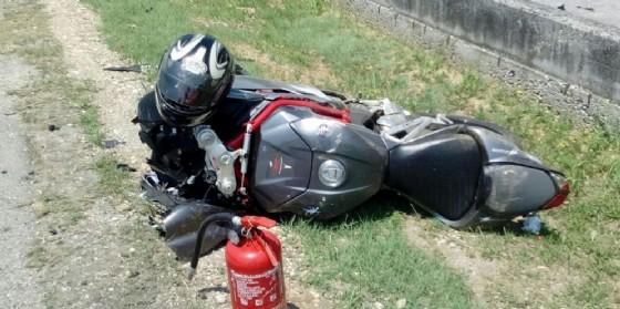 Scontro auto, moto: centauro all'ospedale (© O. C.)