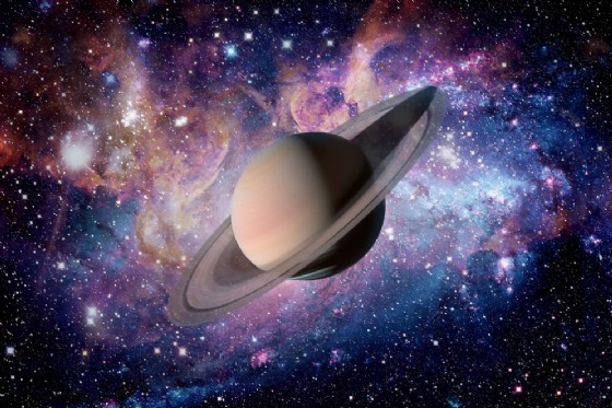«Occhi su Saturno, il Signore degli Anelli» a Romano Canavese (© NASA images - shutterstock.com)
