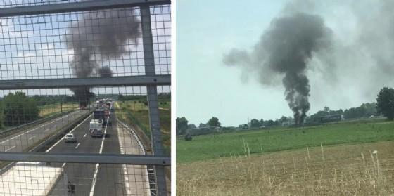 Auto va a fuoco in autostrada: 5 km di coda (© O.C.)