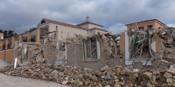 Comunicare l'emergenza nei terremoti: a Gemona 30 posti per la Summer school (© AdobeStock | nyhavn70)