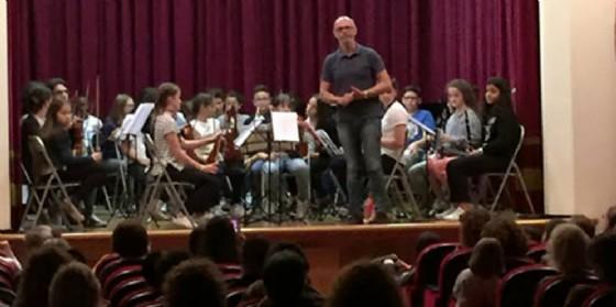 Orchestra per tutti: l'innovativo progetto di musica d'assieme per bambini prosegue tra saggi e nuovi incontri